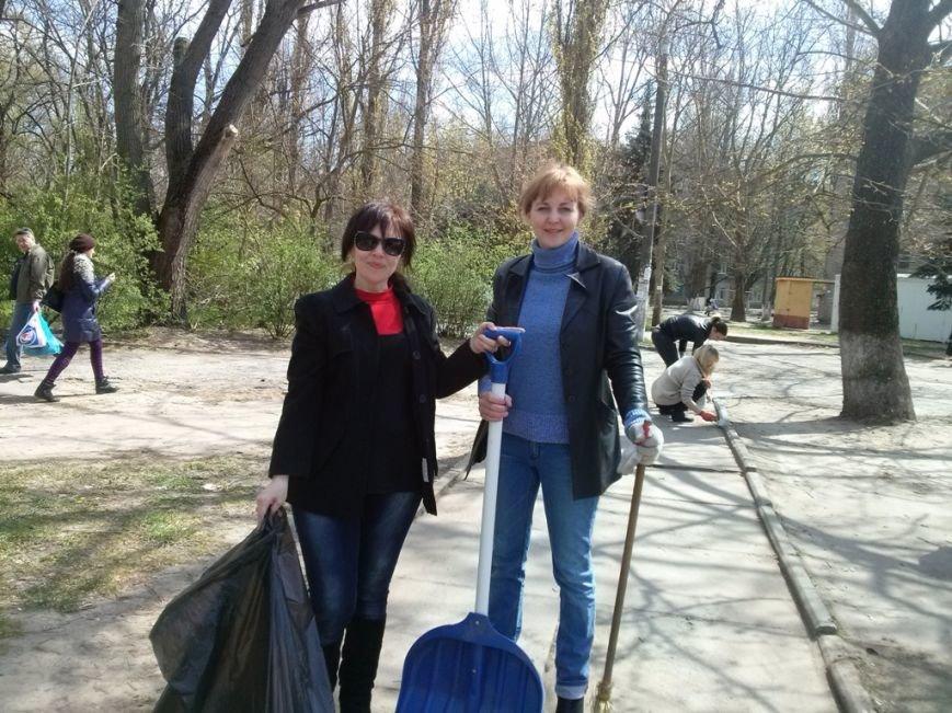 Днепровский район присоединился к акции «Сделаем Украину чистой!» (фото) (фото) - фото 3