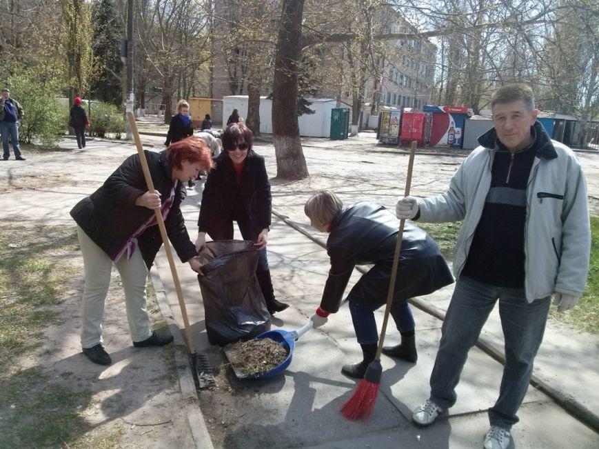 Днепровский район присоединился к акции «Сделаем Украину чистой!» (фото) (фото) - фото 2