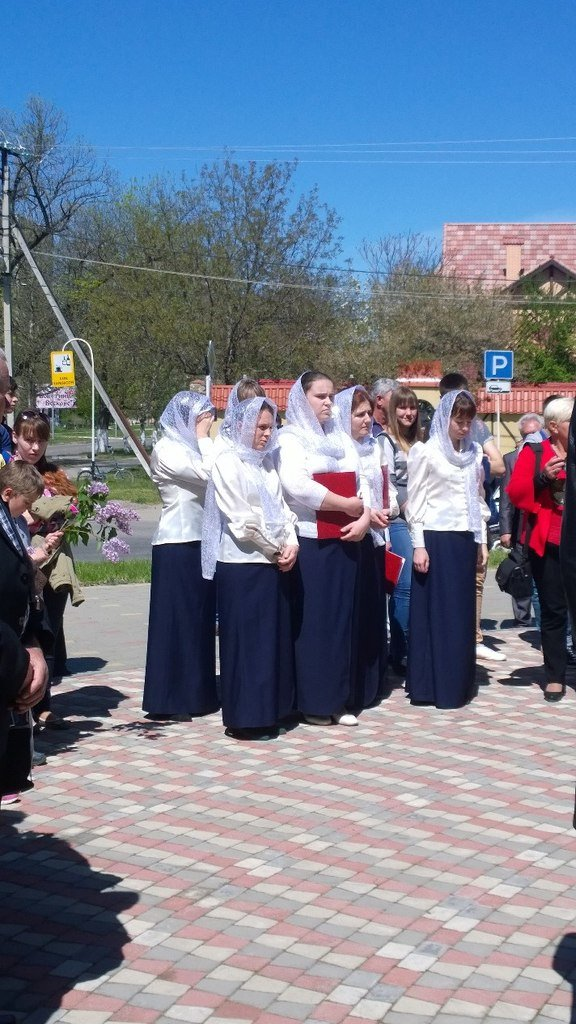 В эти минуты в сквере «Чернобыльский спас» проходит митинг памяти, фото-2