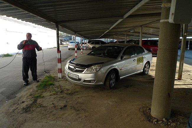 Николаевский блокбастер: таксист удирал от милицейской погони и бросил авто (ФОТО) (фото) - фото 7
