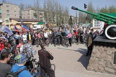 В велопробеге «Спасибо деду за Победу!» приняли участие более 80 человек (фото) - фото 2
