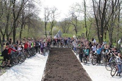 В велопробеге «Спасибо деду за Победу!» приняли участие более 80 человек (фото) - фото 1