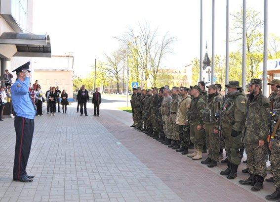 Зведений загін полтавських правоохоронців і бійці батальйону Полтава повернулися додому без втрат (ФОТО) (фото) - фото 6