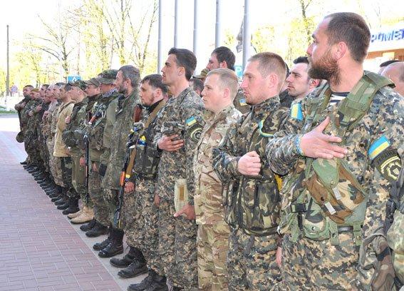 Зведений загін полтавських правоохоронців і бійці батальйону Полтава повернулися додому без втрат (ФОТО) (фото) - фото 7