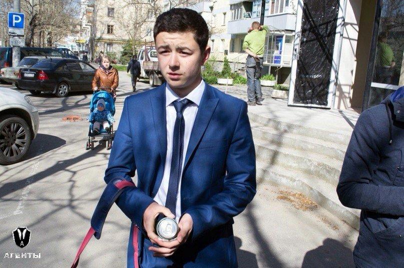 В Симферополе активисты дарили розы продавцам, которые отказались продать алкоголь детям (ФОТО) (фото) - фото 5