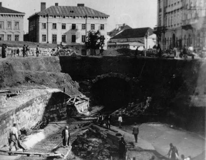 Як зникла Полтва з львівських вулиць та стала підземною (ФОТОРЕПОРТАЖ) (фото) - фото 5