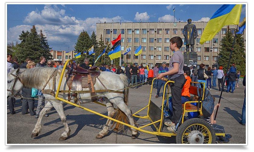В Славянске снова прошло Вече, весеннее и яркое, с музыкой и стихами(фотофакт) (фото) - фото 13