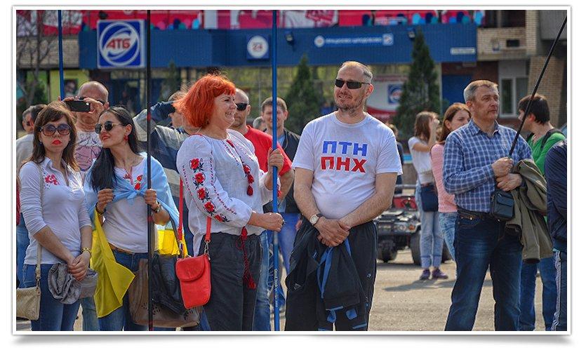 В Славянске снова прошло Вече, весеннее и яркое, с музыкой и стихами(фотофакт) (фото) - фото 3