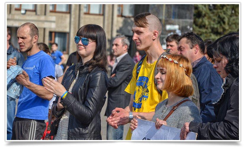 В Славянске снова прошло Вече, весеннее и яркое, с музыкой и стихами(фотофакт) (фото) - фото 6