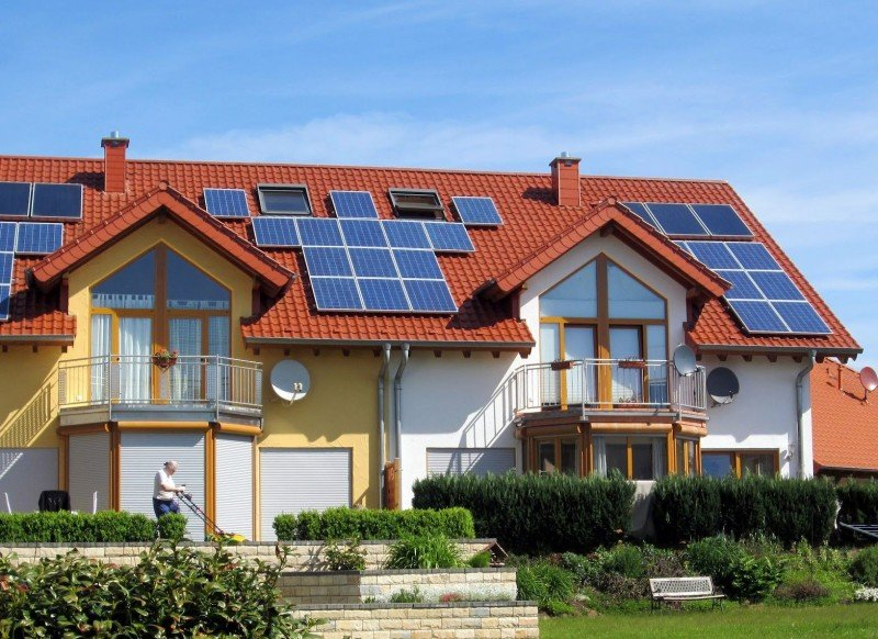 solar-panels-for-your-house-ray_trade_142916997988