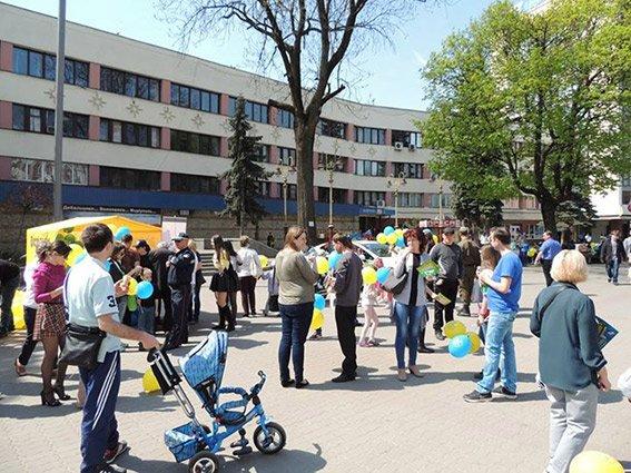 В Івано-Франківську правоохоронці провели акцію «Безпека дітей у руках батьків» (ФОТО) (фото) - фото 2