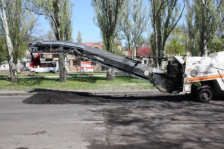 Ремонт проспекта Ленина в Николаеве пообещали завершить до конца недели (фото) - фото 3