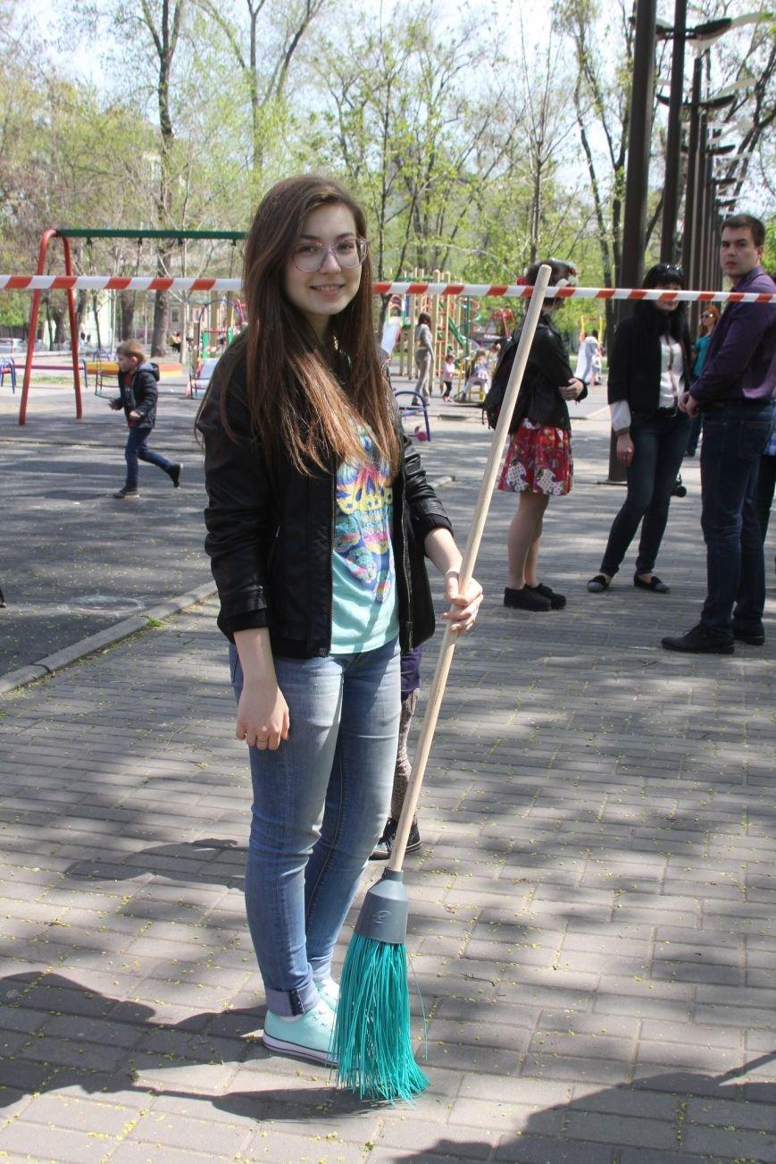 Днепропетровские активисты занялись ремонтом спортплощадок (ФОТО) (фото) - фото 1