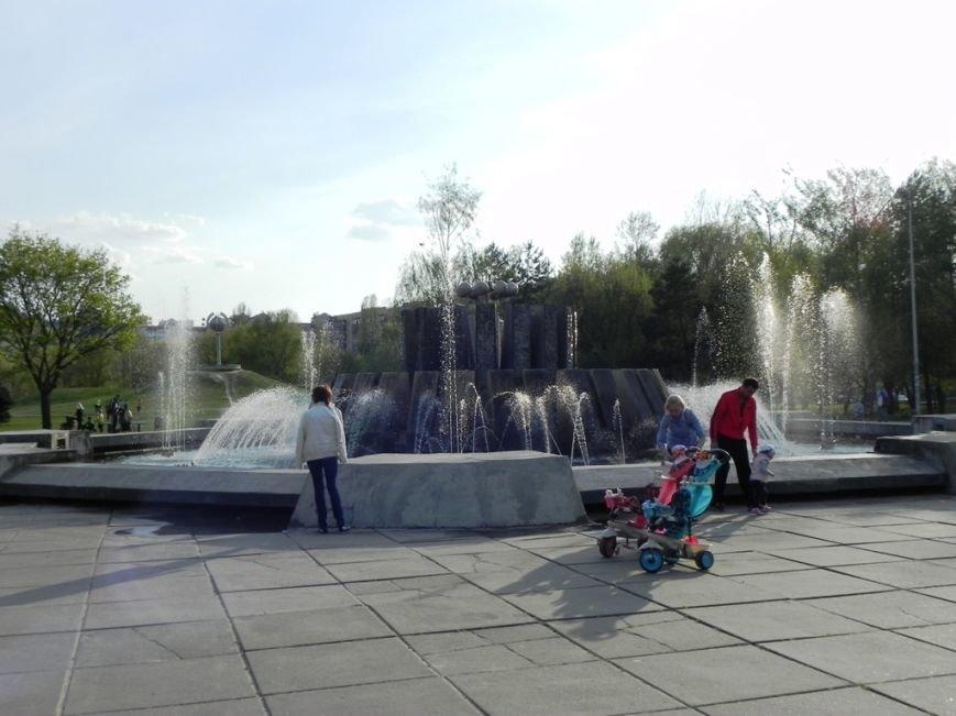 У Броварах запрацював фонтан (фото) - фото 2