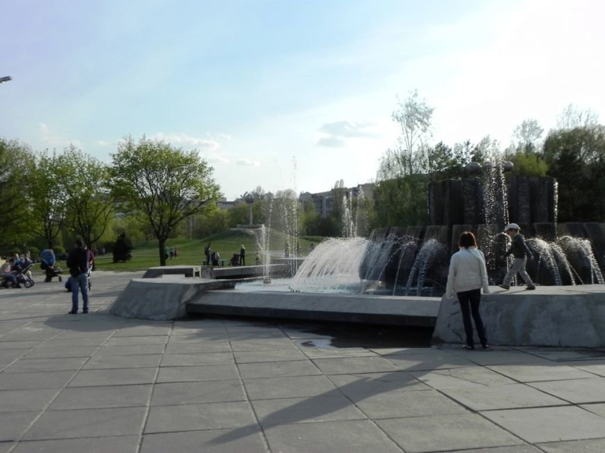 У Броварах запрацював фонтан (фото) - фото 1