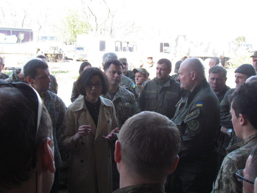 Защитники Мариуполя пообщались с  депутатам «Самопомощи» (ФОТО) (фото) - фото 1