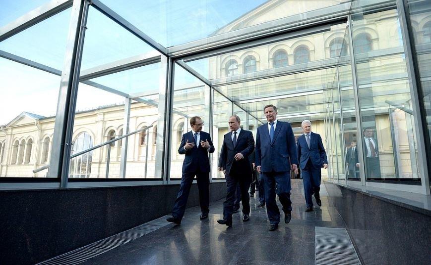 Владимир Путин встретился со студентами Высшей школы менеджмента СПбГУ (фото) - фото 1