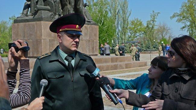 В Николаеве новобранцев торжественно отправили на службу в Нацгвардию (ФОТО+ВИДЕО) (фото) - фото 1