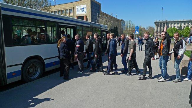 В Николаеве новобранцев торжественно отправили на службу в Нацгвардию (ФОТО+ВИДЕО) (фото) - фото 14