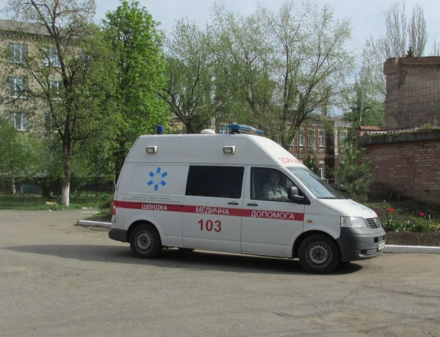 Артемовской центральной районной больнице передали реанимобиль из Германии, фото-1