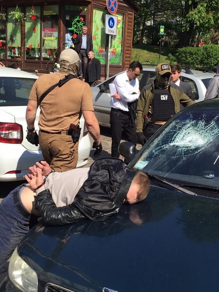 В Киеве задержали двоих милиционеров-взяточников (ФОТО) (фото) - фото 1