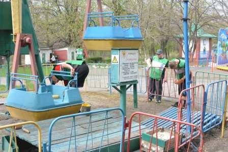 Парк им. Вознесенского преображается перед майскими праздниками, фото-11
