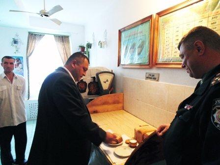 Відвідування виправної колонії владою (ФОТО) (фото) - фото 1