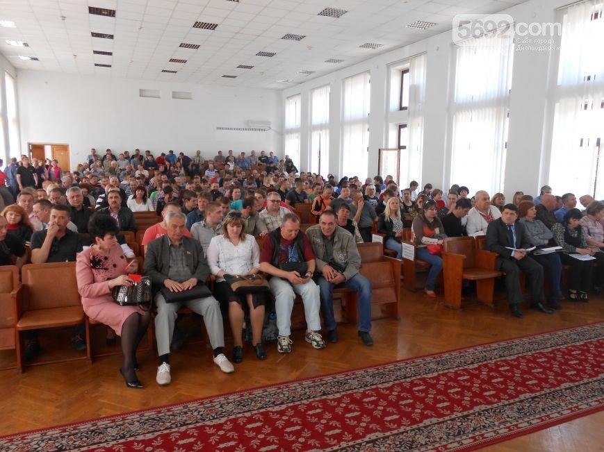 В Днепродзержинске состоялись общественные слушания по вопросу повышения тарифов на проезд в маршрутках (фото) - фото 7