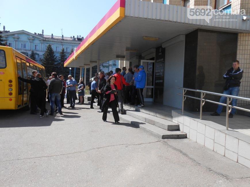 В Днепродзержинске состоялись общественные слушания по вопросу повышения тарифов на проезд в маршрутках (фото) - фото 2