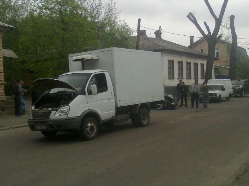В Кировограде столкнулись грузовик и иномарка. ФОТО (фото) - фото 1