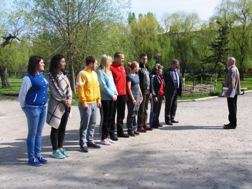 В Славянском парке состоялся Чемпионат Славянского района по легкоатлетическому кроссу (фото) - фото 1