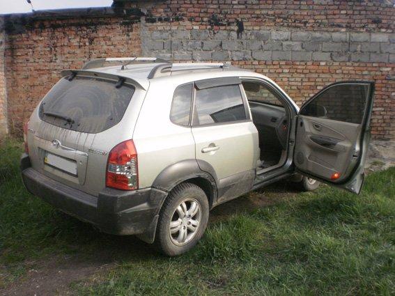 У Кіровограді затримано викрадачів авто, які намагалися чинити опір правоохоронцям. ФОТО (фото) - фото 1
