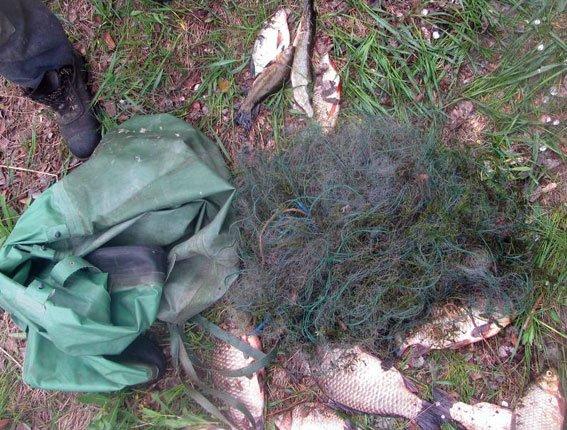 У жителя Кременчугского района милиция изъяла рыбу на 5 000 гривен и 45 метров сети (фото) - фото 1