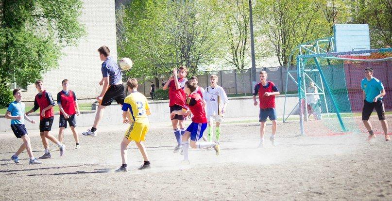 В Красноармейске прошла спартакиада школьников по футболу (фото) - фото 5