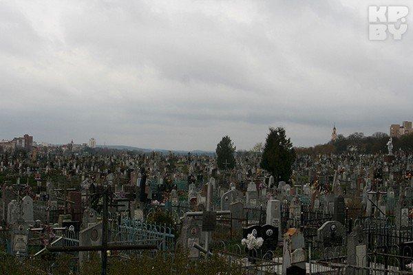 Город мертвых в Гродно: уникальные памятники и собственное приведение (фото) - фото 2