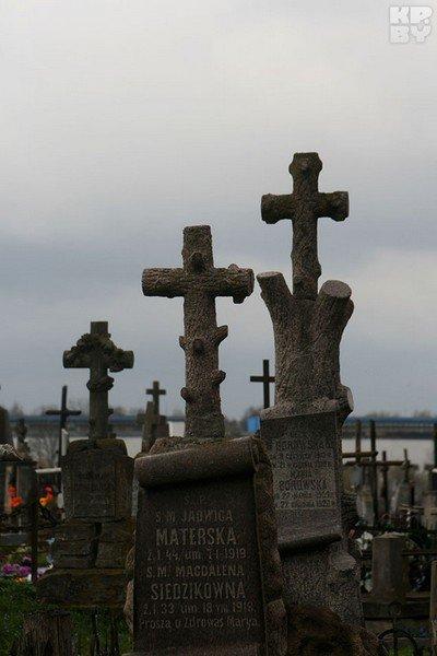 Город мертвых в Гродно: уникальные памятники и собственное приведение (фото) - фото 3