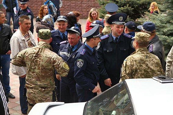 У зону АТО з Хмельницького вирушив зведений загін працівників ДАІ (фото) - фото 3