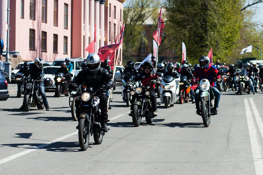 Байкеры проводят акцию: «Внимание – мотоциклист!»