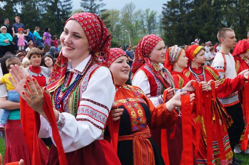В Грайвороне поставили рекорд России и мира по хороводу (фото) - фото 9