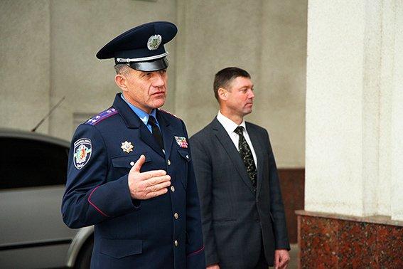 У зону АТО вирушив черговий десант хмельницьких правоохоронців (ФОТО) (фото) - фото 1