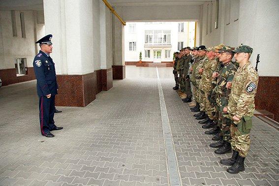 У зону АТО вирушив черговий десант хмельницьких правоохоронців (ФОТО) (фото) - фото 2