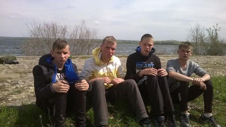 Боевики наняли подростков из Счастья для разминирования украинских позиций, фото-1