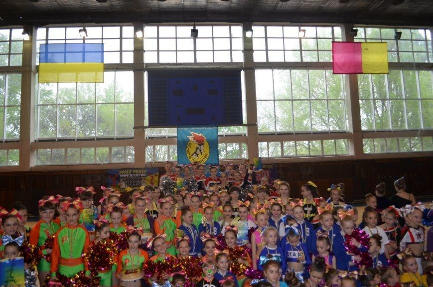 В Днепродзержинске прошел чемпионат города по черлидингу (фото) - фото 7
