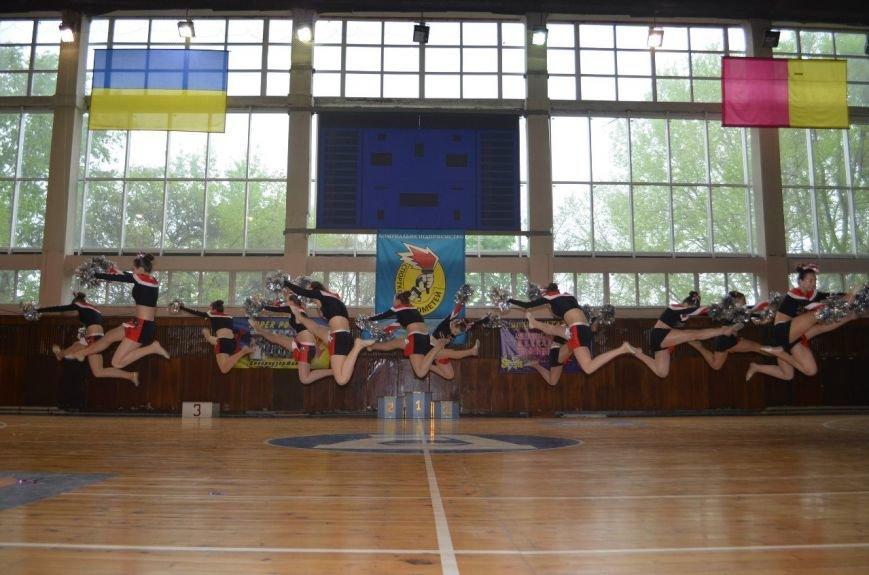 В Днепродзержинске прошел чемпионат города по черлидингу (фото) - фото 4