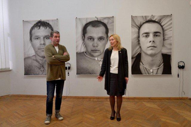Проект «Війна. 11 Портретів» представили у Хмельницькому (фото) - фото 1