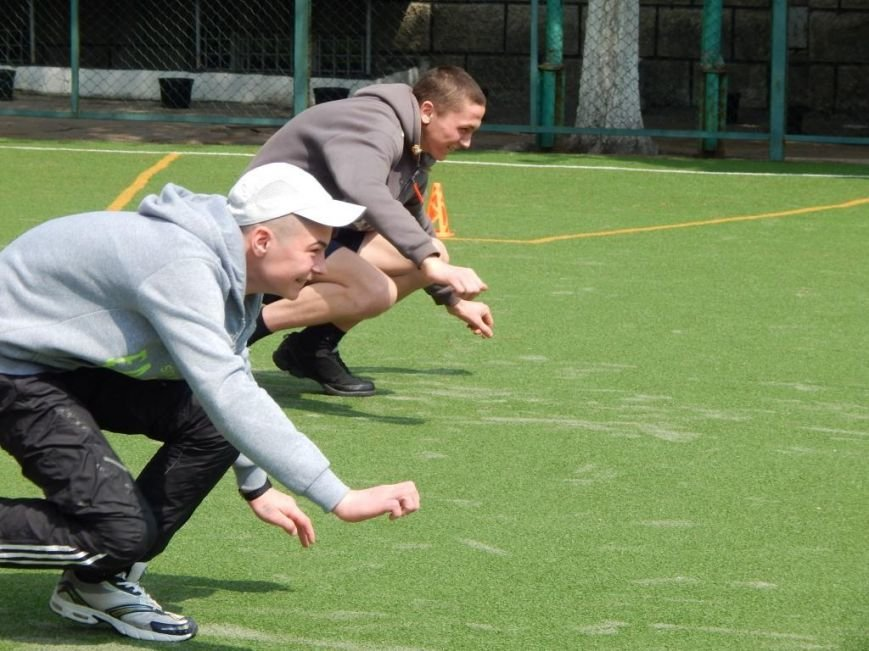 В Кременчугской воспитательной колонии праздники отмечали спортивными состязаниями (ФОТО) (фото) - фото 1