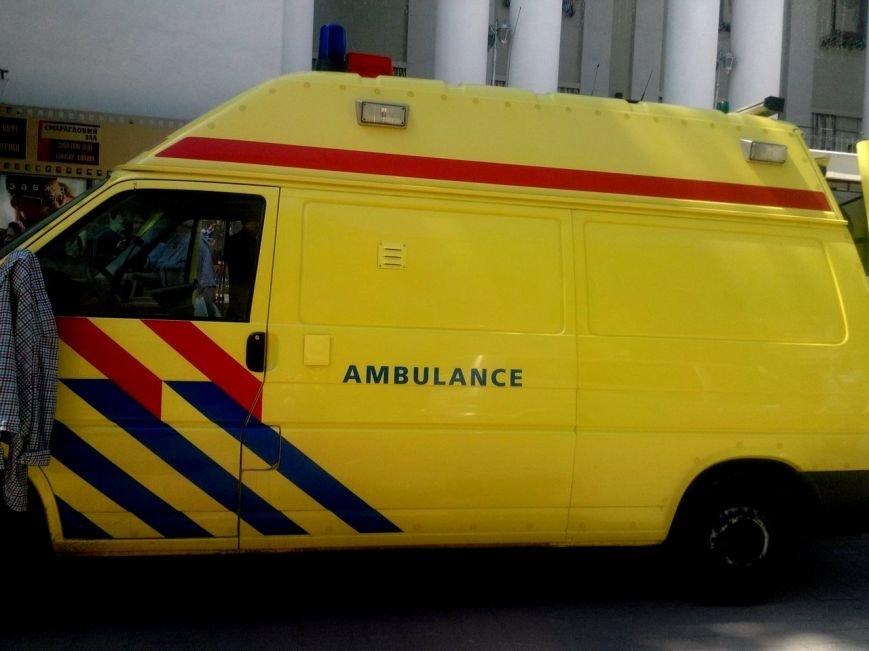 Великобританці передали реанімобіль на потреби АТО (ФОТО) (фото) - фото 2