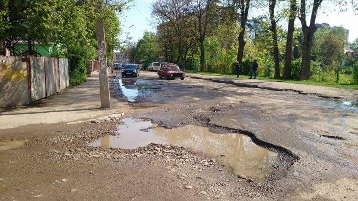 На франківських дорогах автомобілі втрачають колеса (ФОТО) (фото) - фото 1
