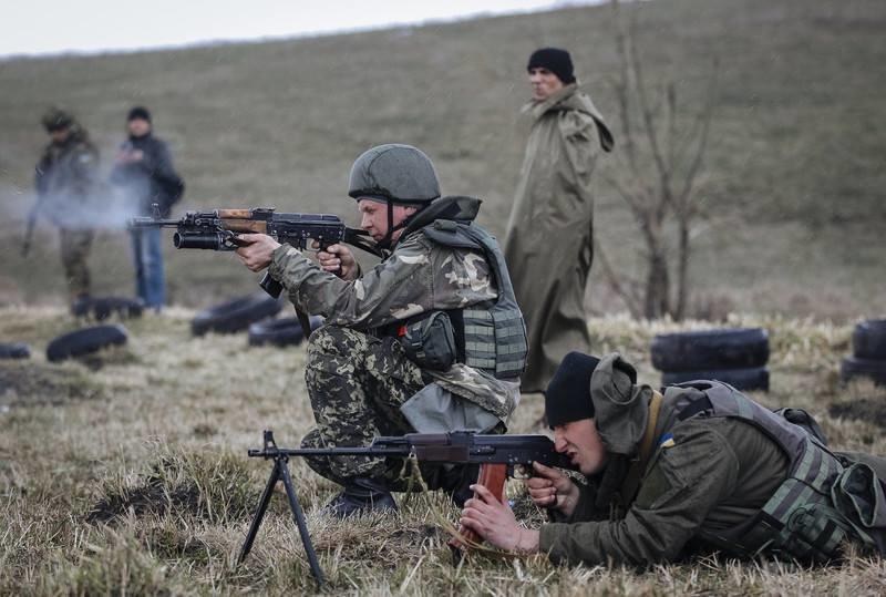В Широкино идет стрелковый бой, фото-1