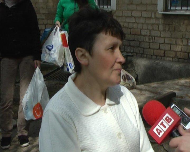 Временные переселенцы не хотят уезжать из Артемовска (фото) - фото 1
